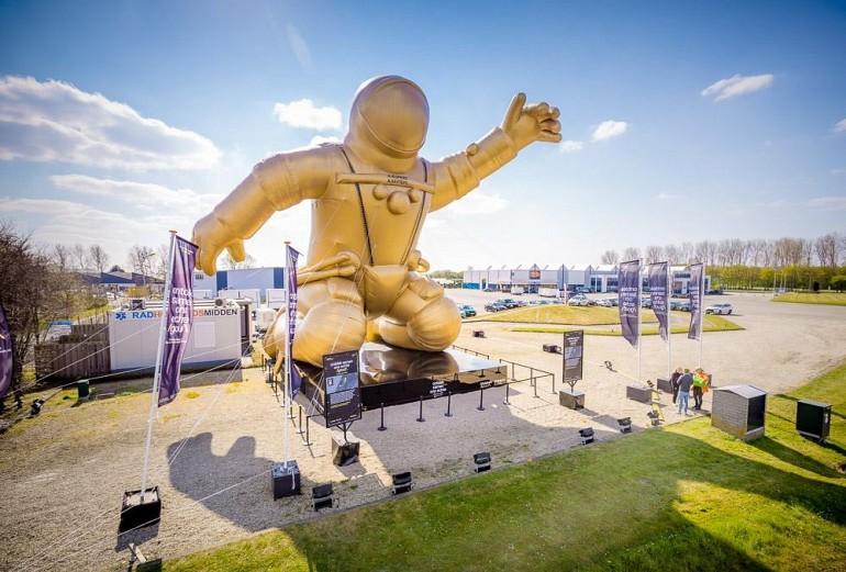 astronaut-giant-opblaasbaar