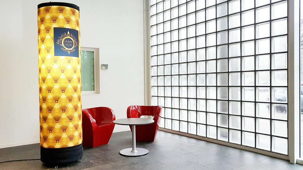 Publi air - zuilen - opblaasbare pilaar - sublimatie print - inflatable pillar - gold - luxe banners - met LED licht -luchtdichte zuilen